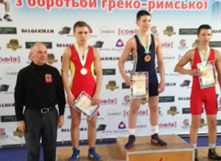 Юнак з Мукачева переміг на Чемпіонаті України з класичної боротьби
