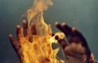 На Закарпатті чоловік облив бензином свого товариша і підпалив