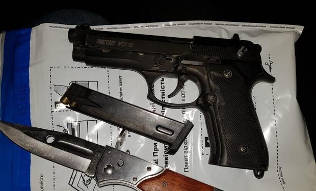 Пістолети та ножі: Резонансне затримання грабіжників у Тячеві