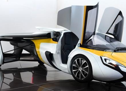 Словаки створили літаючий автомобіль. ВІДЕО