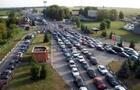 На найбільшому КПП Закарпаття заблоковано проїзд до Угорщини
