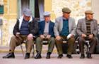 Їж, пий, люби: 6 несподіваних способів дожити до 100 років