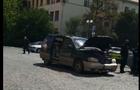 В Ужгороді псевдоактивіст Данацко підпалив свій автомобіль під стінами Закарпатської ОДА (ВІДЕО)