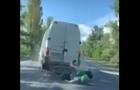 Відеореєстратор зафіксував момент зіткнення мотоцикла з мікроавтобусом на Виноградівщині (ВІДЕО)