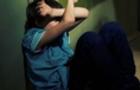 Жінці, яка катувала прийомного сина, присудили домашній арешт