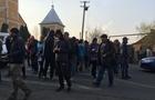 На Іршавщині люди перекрили дорогу, вимагаючи її негайного ремонту