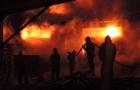 """Пожежі в Закарпатті: в Ужгороді згорів """"Мерседес"""", а в Сваляві столярний цех"""