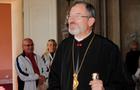 Єпископ Мукачівської греко-католицької єпархії Шашік розповів, що в результаті аварії у нього була зламана щелепа