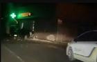 На Тячівщині автомобіль врізався в аптеку