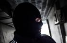 На Ужгородщині двоє чоловіків вдарили охоронця складу сокирою і пограбували
