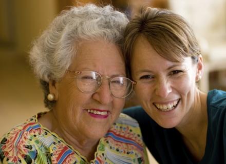 Запросіть маму в гості - це додасть їй кілька років життя!