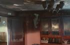 У Перечині горів будинок. Господарка кілька разів поверталася в палаючий будинок, щоб врятувати майно