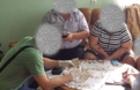 Правоохоронці у Хусті затримали лікаря на хабарі 400 доларів