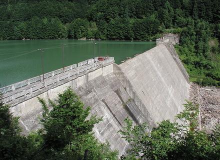 Теребле-Ріцька ГЕС — єдина у світі, яка споруджена на двох річках