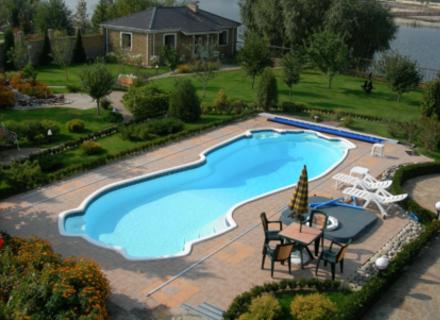 Почему советуют купить химию для бассейнов