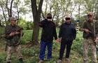 На Закарпатті прикордонники затримали двох чоловіків, які намагалися переправити через держкордон 700 пачок сигарет