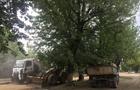 Вандалізм: В Ужгороді з вулиці Капушанської знімають кам'яну бруківку та бордюри