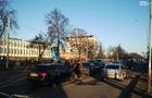 Принцип доміно: В Ужгороді зіштовхнулися відразу чотири автівки