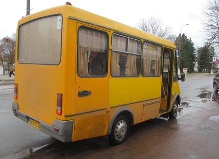 Чому в Ужгороді проїзд в маршрутках повинен бути безкоштовним