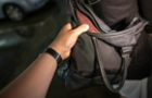 Грабіж по-берегівськи: Нападник побив жінку і забрав сумку з грошима
