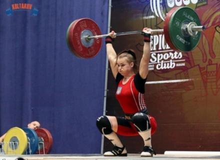 Важкоатлетка з Ужгорода стала срібною призеркою чемпіонату України