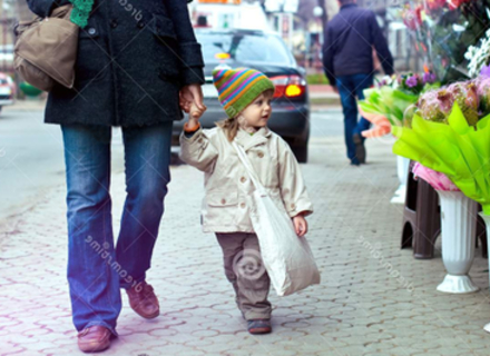 Чи варто ходити по справам разом з дитиною - пояснює закарпатський психолог