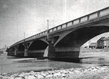 Два берега: Історія мостів Ужгорода