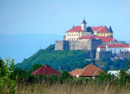 Ужгород та Мукачево потрапили в ТОП-11 місць в Україні, які рекомендує відвідати CNN-travel