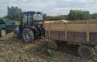 На Виноградівщині контрабандист втікав від прикордонників на тракторі