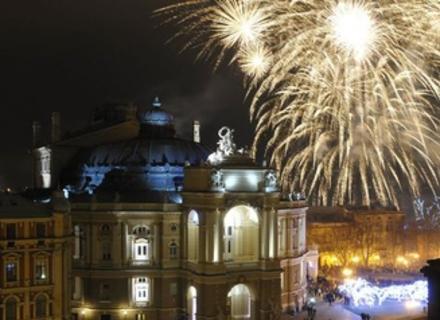 Когда искать жилье на Новый год в Одессе?