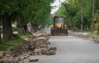 Влада Ужгорода довірила ремонт  Капушанської новому підряднику, який проходить по кримінальній справі
