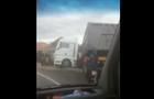 На Іршавщині вантажівка перекинулася в кювет (ВІДЕО)