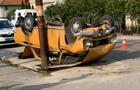 На околиці Берегова в результаті ДТП два автомобіля перекинулися на дах (ФОТО, ВІДЕО)