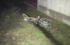 На Виноградівщині автомобіль збив чоловіка. У постраждалого перелом черепа