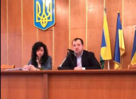 У Свалявській міськраді депутати також протистоять голові облради Петрову та екс-регіоналу Ляню