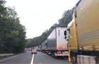 Вантажний термінал на КПП Ужгород в суботу закриють