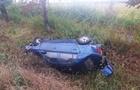 Біля Мукачева автомобіль перекинувся на дах