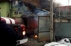 У Мукачеві будинок згорів через загоряння автомобіля в гаражі (ВІДЕО)