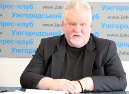 На Закарпатті колишній нардеп, а нині священик розповів, що не може позбутися угорського громадянства