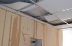 В Ужгороді затопило відремонтовані за гроші Угорщини кімнати університетського гуртожитку (ВІДЕО)