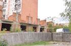 В Ужгороді в недобудованому будинку підліток розбив голову (ВІДЕО)