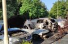 Під ранок в центрі Ужгорода згоріли два автомобілі