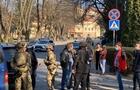 У центрі Ужгорода силовики провели спецоперацію по затриманню кримінального авторитета Дребітка