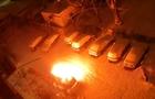 На камерах спостереження зафіксовано підпал автомобіля в Ужгороді (ВІДЕО)