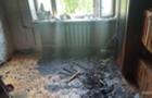 На Тячівщині горіла квартира - двоє людей отруїлися чадним газом