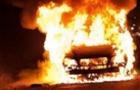 На Берегівщині згорів гараж з трьома автомобілями