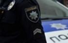 На Іршавщині підозрюваний в шантажі під час затримання наїхав автомобілем на поліцейського