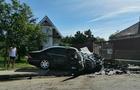 В Ужгороді автомобіль врізався у паркан