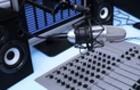 Крім телебачення люди Бровді стали співвласниками трьох радіостанцій Закарпаття