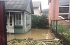 У затоплений Рахів виїхала спецтехніка з Ужгорода та Хуста